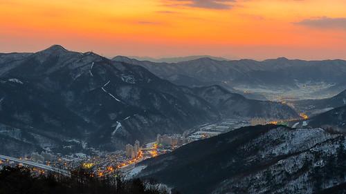winter orange beautiful sunrise landscape day cloudy outdoor korea newyear southkorea daegu apsan pwwinter
