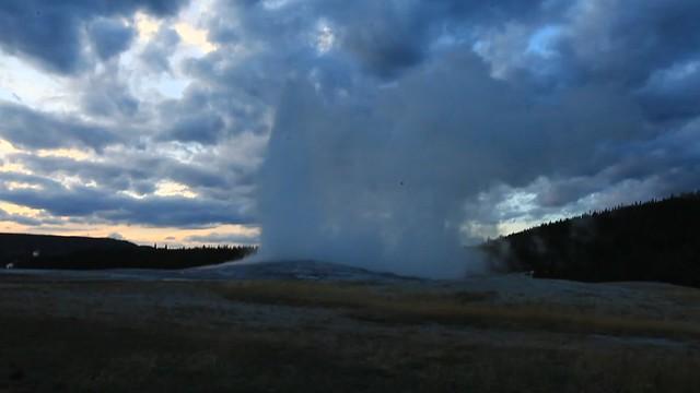 Old Faithful, Yellowstone Park, Wyoming, USA