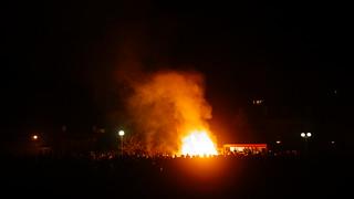 Fête du brûlage de sapins de Nöel.  Penzé Finistère. | by malkovitch