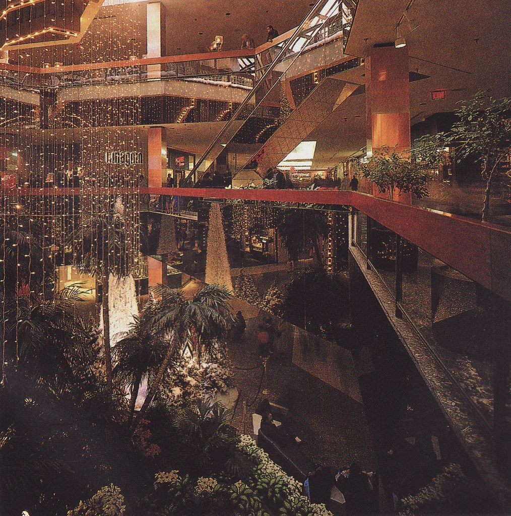 S 90 3 >> White Flint Mall | Late 80's/early 90's view of the now ...