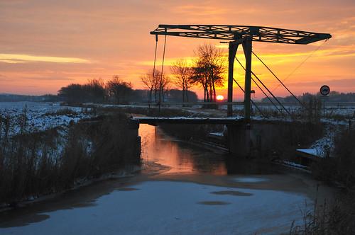 bridge winter sunset sun snow ice backlight evening henk nikond90 powerfocusfotografie mygearandme