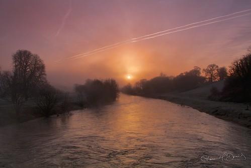 morning kilkenny fog sunrise river frozen frost spiders web earlymorning fogs frozenweb frozenspidersweb sunriseoverriver
