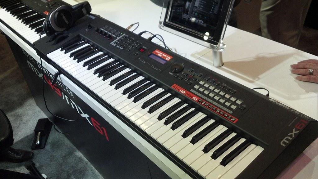 Yamaha MX61 Synthesizer | AmericanMusical com | Flickr