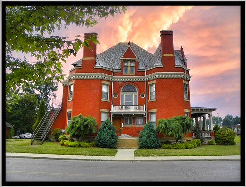 county new roof red house brick castle architecture walking portland anne site lawrence iron pennsylvania district steel united hill north cement first style bank places historic queen pa national porch co mansion hip 1001nights tours edwin attraction apps ohl ipad nrhp 1001nightsmagiccity onasill
