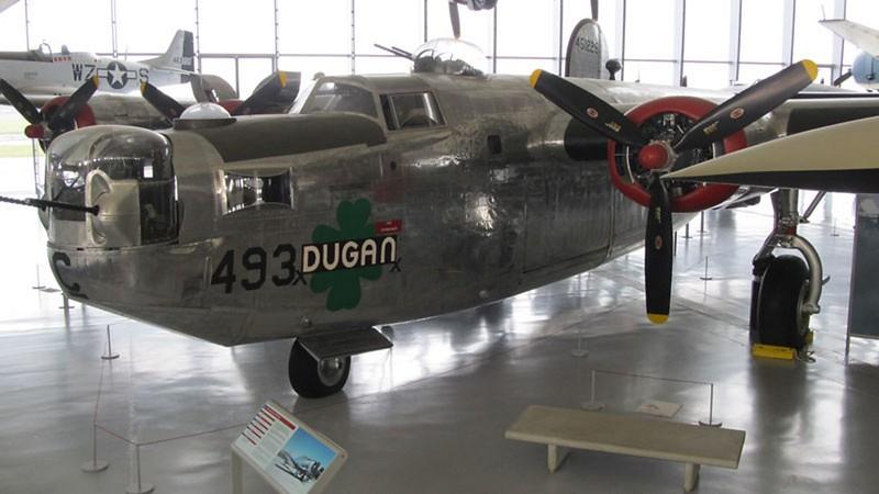 Consolidated B-24M Liberator 1