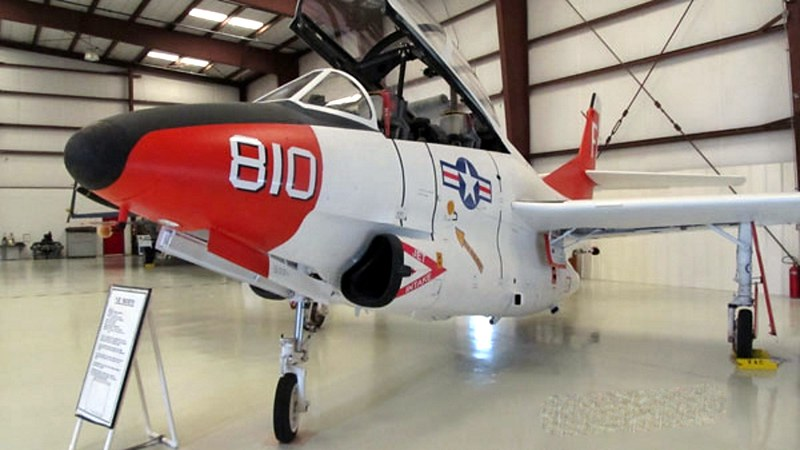 North American T-2C Buckeye 1