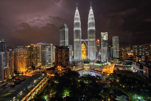 longexposure cityscape malaysia kualalumpur lightning hdr klcc petronastwintowers vedd canoneos60d