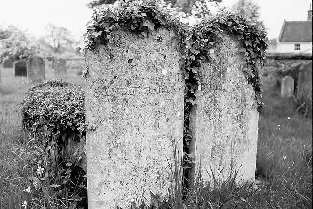 tombstone 1-00044