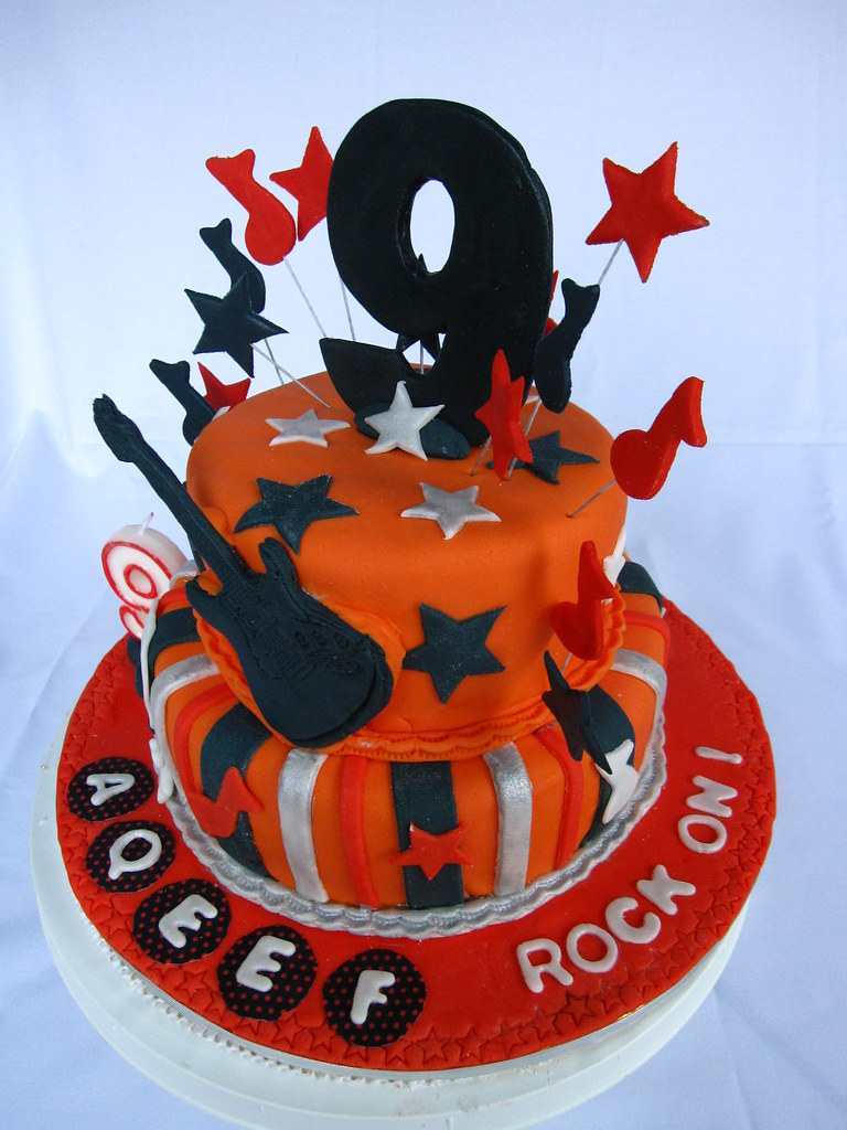 Brilliant Img 3171 Rock N Roll Theme Birthday Cake Chloe Thean Flickr Birthday Cards Printable Opercafe Filternl