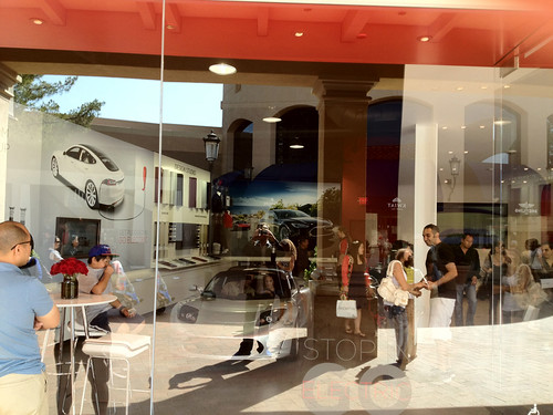 Tesla Motors Store at Fashion Island New Port Beach | by pacecharging