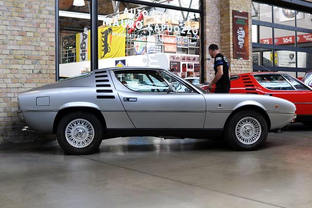 Alfa Romeo Montreal V8 2.6
