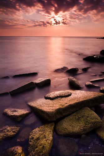 longexposure toronto beach sunrise rocks waterfront 7d lakeontario scarboroughbluffs bluffersbeach leefilters