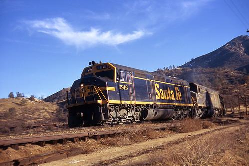 california santafe trains f45 tehachapiloop emd atsf walong