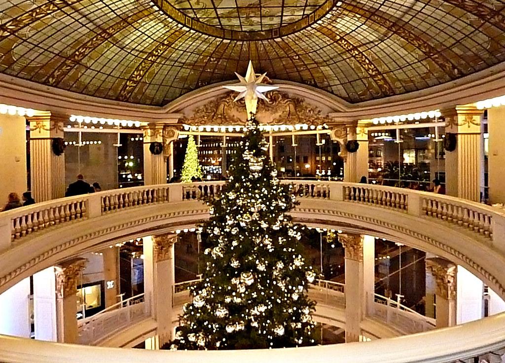 Neimanmarcus Christmas.Neiman Marcus Rotunda Christmas Tree Neiman Marcus San Fra