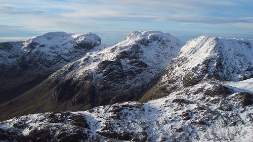 The Scafell massif from Bowfell | by roofofeurope