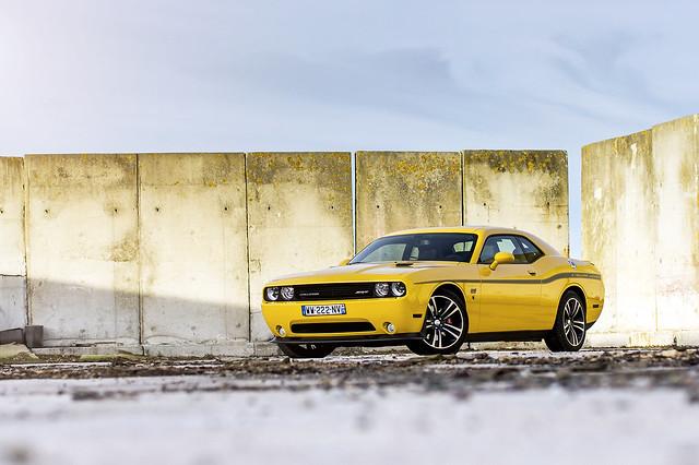 Dodge Challenger SRT8 Yellow Jacket
