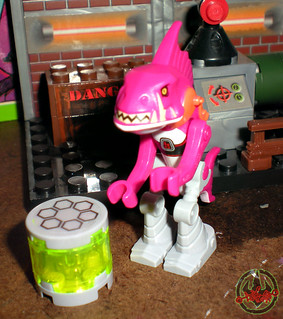 "LEGO Teenage Mutant Ninja Turtles :: ""Stealth Shell in Pursuit"" ; FISHFACE i  (( 2013 )) | by tOkKa"