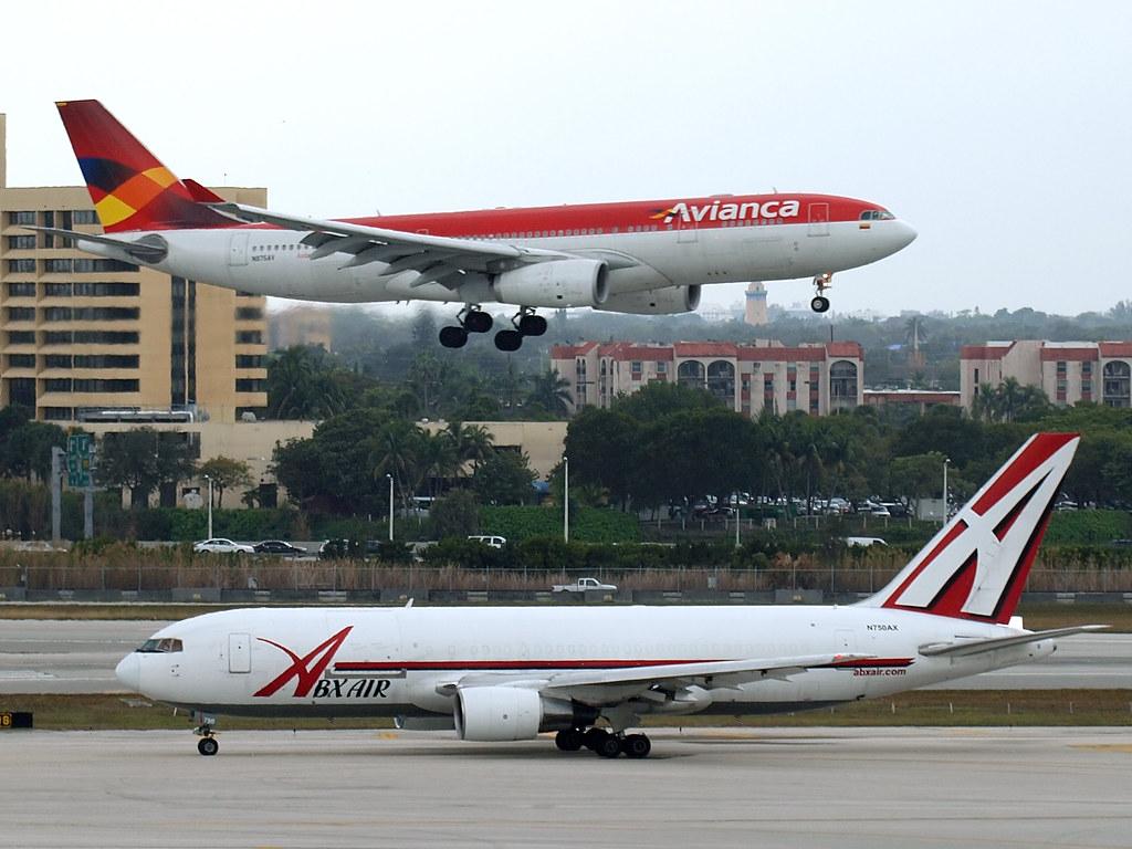 ABX Air - Boeing 767-232(BDSF) - N750AX @ KMIA | with Avianc