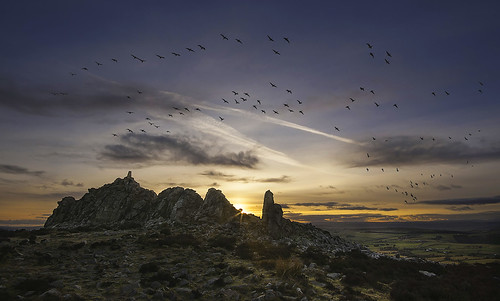 sunset day shropshire hills crags chemtrails stiperstones mainstone pwpartlycloudy