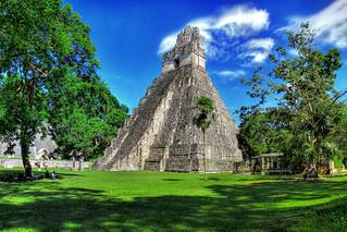 Tikal GCA - Templo I de gran Jaguar 08   by Daniel Mennerich