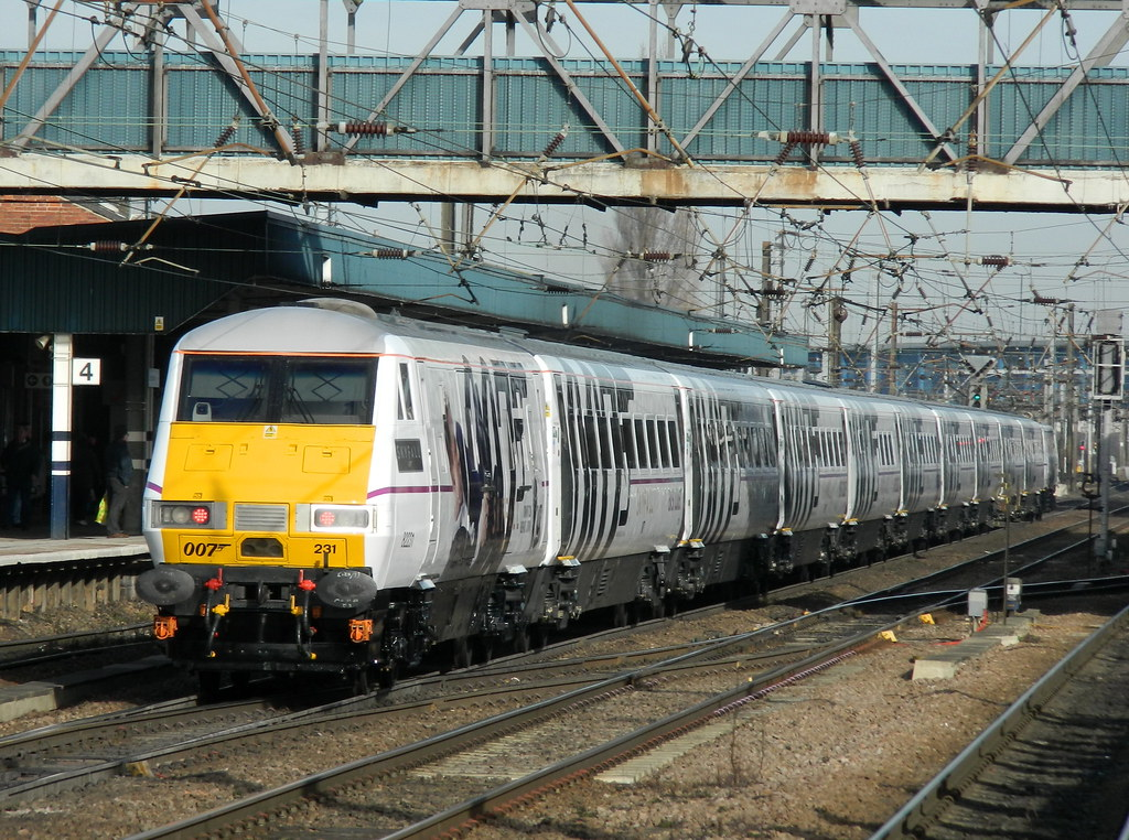 James Bond 007 Skyfall train heads north through Doncaster…   Flickr