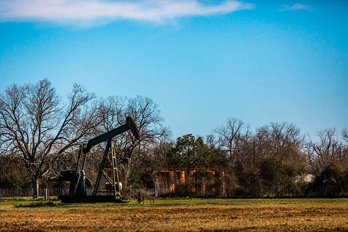 sky usa industry rural photography march countryside us photo energy pumps texas photographer unitedstates image tx unitedstatesofamerica country bluesky wells gas well photograph srp oil 100 february f28 noddingdonkey oilwells oilwell pumpjack 200mm sealy reciprocating pumpingunit 2013 beampump ef200mmf28liiusm jackpump thirstybird gaswells austincounty grasshopperpump horseheadpump ¹⁄₈₀₀₀sec eos5dmarkiii suckerrodpump mabrycampbell march32013 overgrounddrive reciprocatingpistonpump 201303030h6a0883