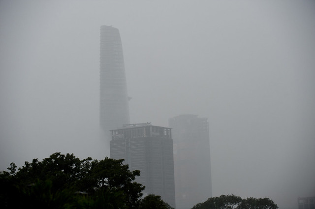 V087 Drizzly Bitexco Financial Tower - Saigon