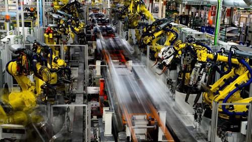 圖04.德國福斯汽車廠自動化生產替代了大量人工