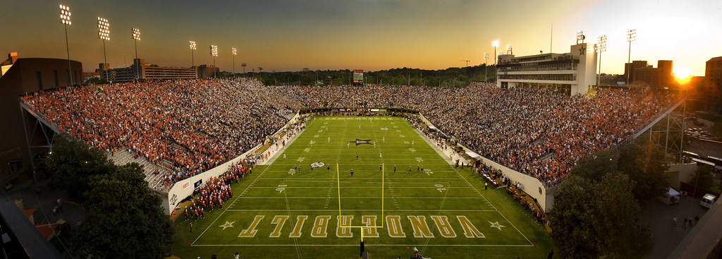 Vanderbilt Stadium Panoramic Shot Of The Vanderbilt Footba Flickr