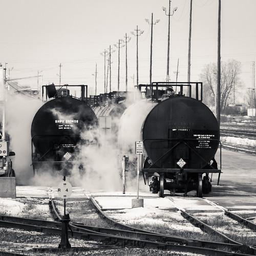 winter bw canada monochrome yard cn train track tank quebec montreal rail steam taschereau canoneos7d 70200lii