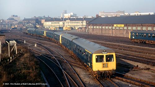 train diesel railway britishrail doncaster southyorkshire passengertrain dmu class101 class105