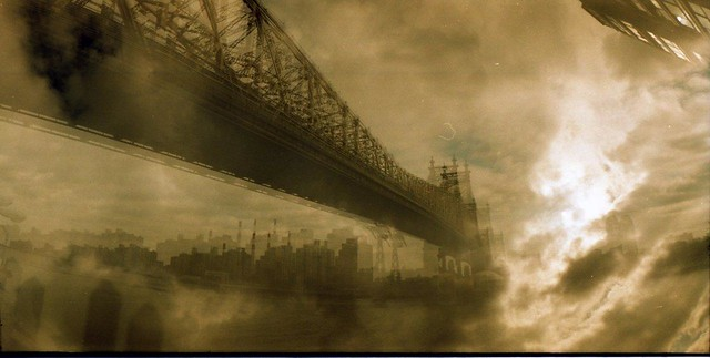 59th Street Bridge (now renamed Ed Koch), view from Manhattan to Queens.