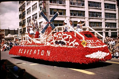 Rose Festival Parade - 1958 - Portland Oregon  Kodachrome Slide