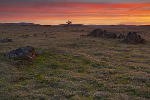 california ca sky usa color tree clouds landscape scenery rocks folsom boulders sacramento prairie oaktree ernogy