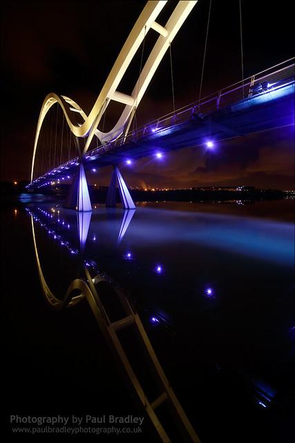 Infinity Reflected (Dark)