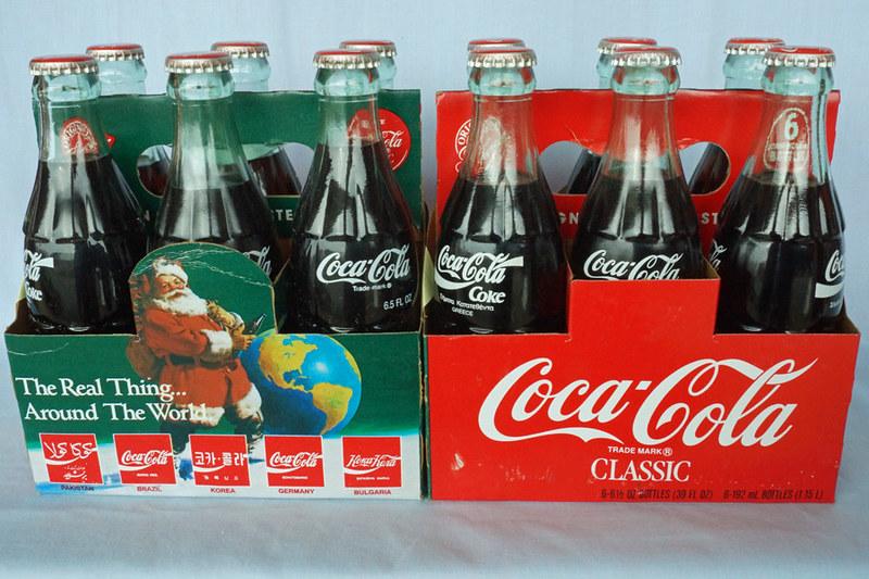 DSC02040 1990 Christmas Around the World Coca-Cola Bottles