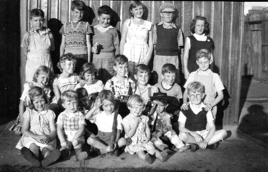 """Kingsclear Road Alexandria """"Mob""""  1954  Australia"""