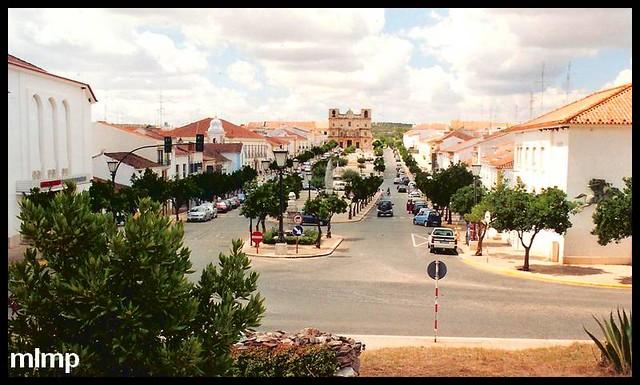 Vue de Vila Viçosa depuis le bas du château.