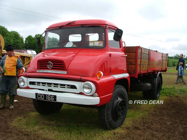 Mulligan Dismantlers & Salvage Ltd Ford Thames Trader (CIO166).