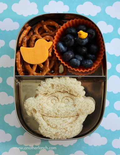 Sesame Street Ernie and rubber ducky snack lunch in Lunchbots box | by anotherlunch.com
