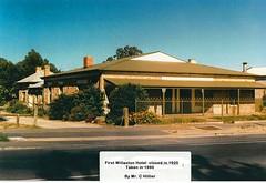 old_willaston_hotel_1990