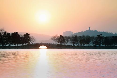 china lake sunrise nanjing waterscape xuanwu