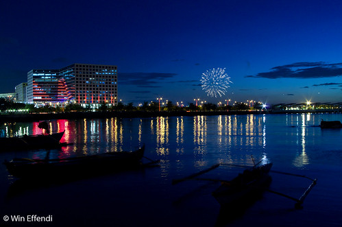 sunset seascape fireworks bluehour complex pasay ccp mallofasia pyrotechnique 1esplanade seasideboulevard