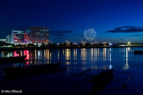 sunset seascape fireworks bluehour complex pasay ccp mallofasia pyrotechnique 1esplanade seasideboulevard