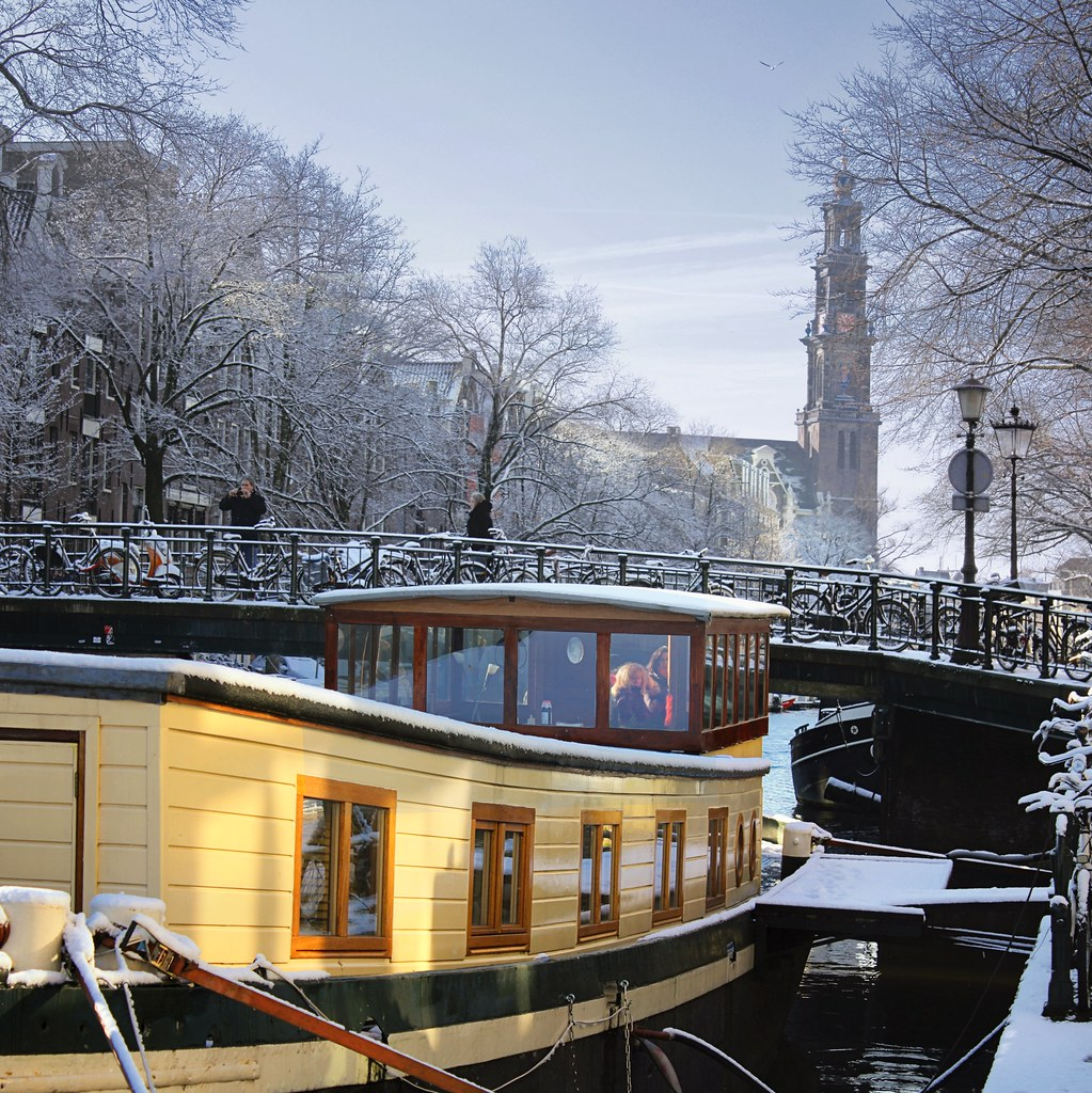 Best view on the Westerkerk from the houseboats | © all righ