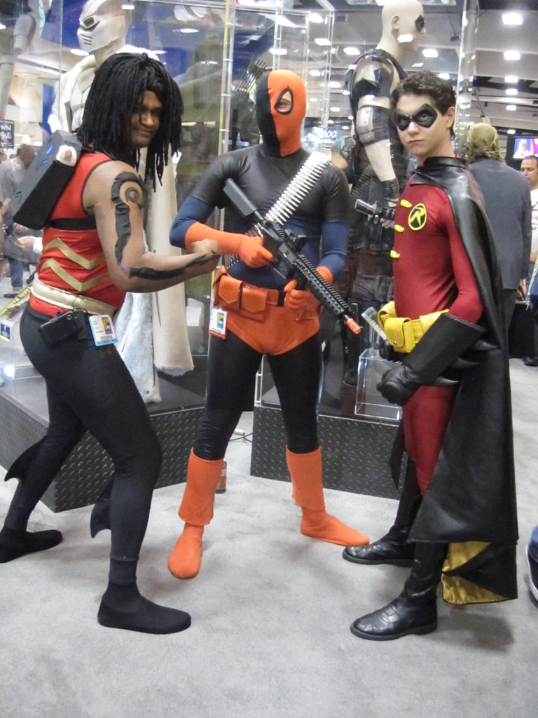 Aqualad, Deathstroke and Robin | Hybrid Realities Cosplay