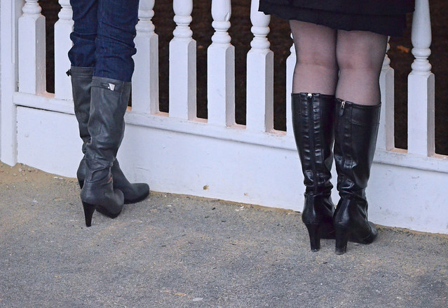 2012-12-31 (88) r8 boots at Laurel Park