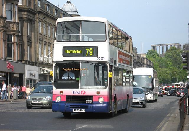 First Edinburgh 30374 (G689PNS)