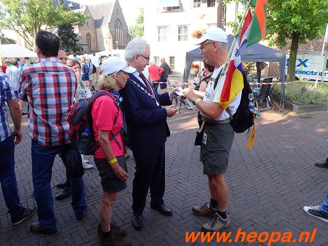 2016-07-21   3e  dag Nijmegen   40 Km  (39)