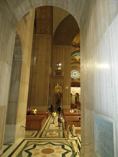 The Basilica of the National Shrine of the Immaculate Conception, Washington DC, USA - www.meEncantaViajar.com